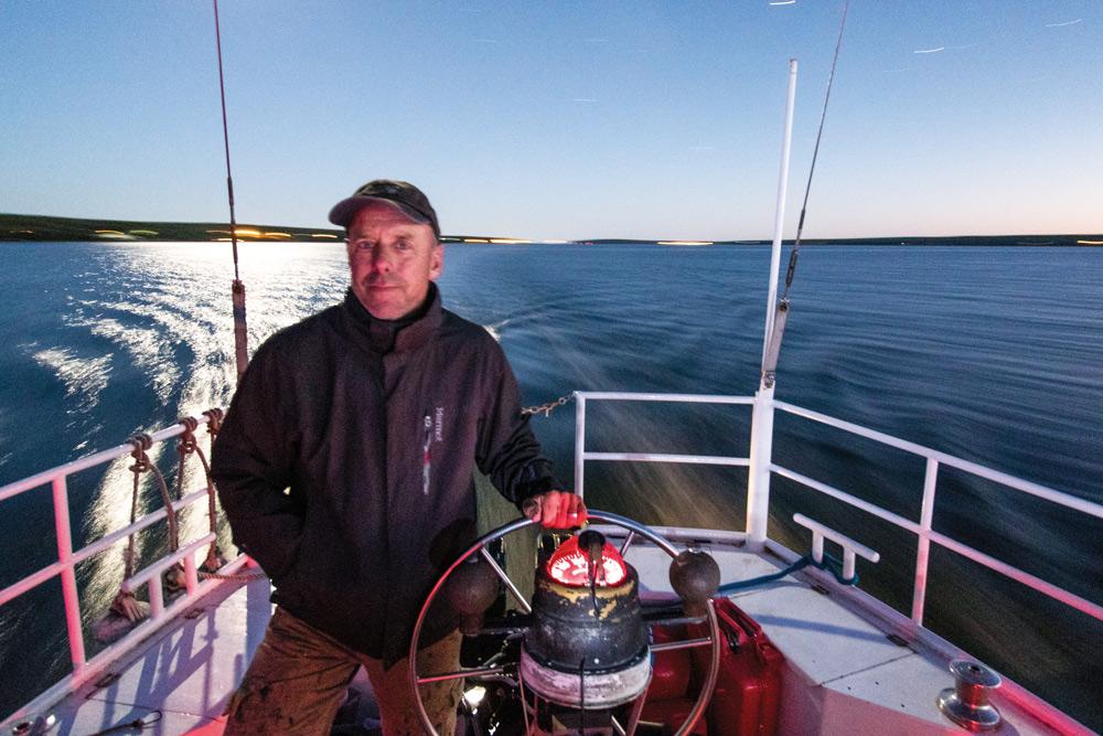 Sailing with polar bears
